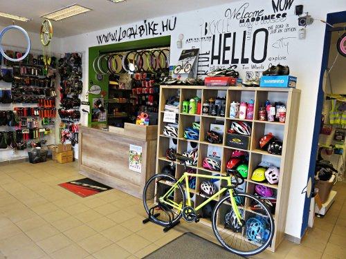 kerékpár boltunk eladótere